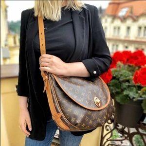 🌺✨BEAUTIFUL✨🌺 Shoulder bag